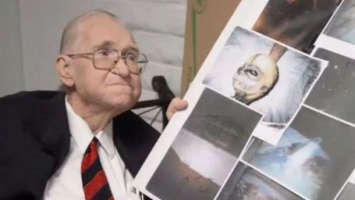 Bilimadamı ölmeden önce gerçek uzaylıların fotoğraflarını gösterdi