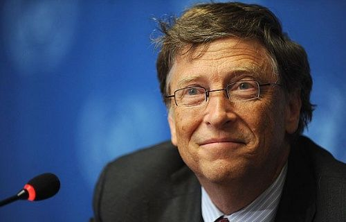 Bill Gates, insan dışkısından elde edilen suyu içti! Video