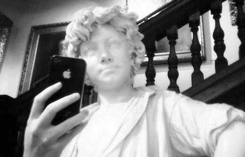 Selfie Müzesi'nde tarihi kişiliklerden selfie