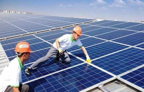 Türkiye'nin en büyük güneş enerjisi santrali Konya'ya kuruluyor