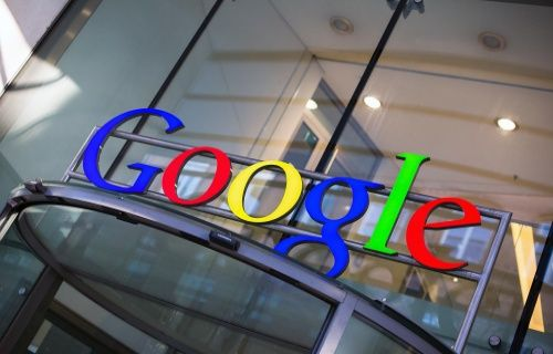 Google'dan 1 Nisan sürprizi Chrome Selfie: Tepkini paylaş!