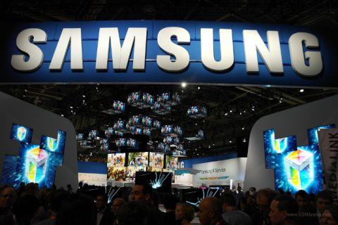 Samsung Yayınladığı Grafikle 2015'i Özetledi