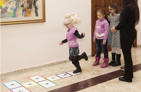 Türk Telekom Grubu, görme engelli 100 çocuğa görmeyi öğretti